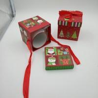 Коробка подарочная   Новогодняя  10х10х10 см / картон  4 вида  5006